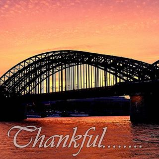 Einfach mal Dankbar sein.....🍀🍀🍀 #thankful #dankefüralles #danke #thankyou #thanks #sunset #sunrise #evening #köln #friends #friend #stadt #klassenfahrt #abschlussfahrt #abschluss #perfectday #perfektertag #pic #insta #instagramers #instagood #abend #genießen #highlights #moment